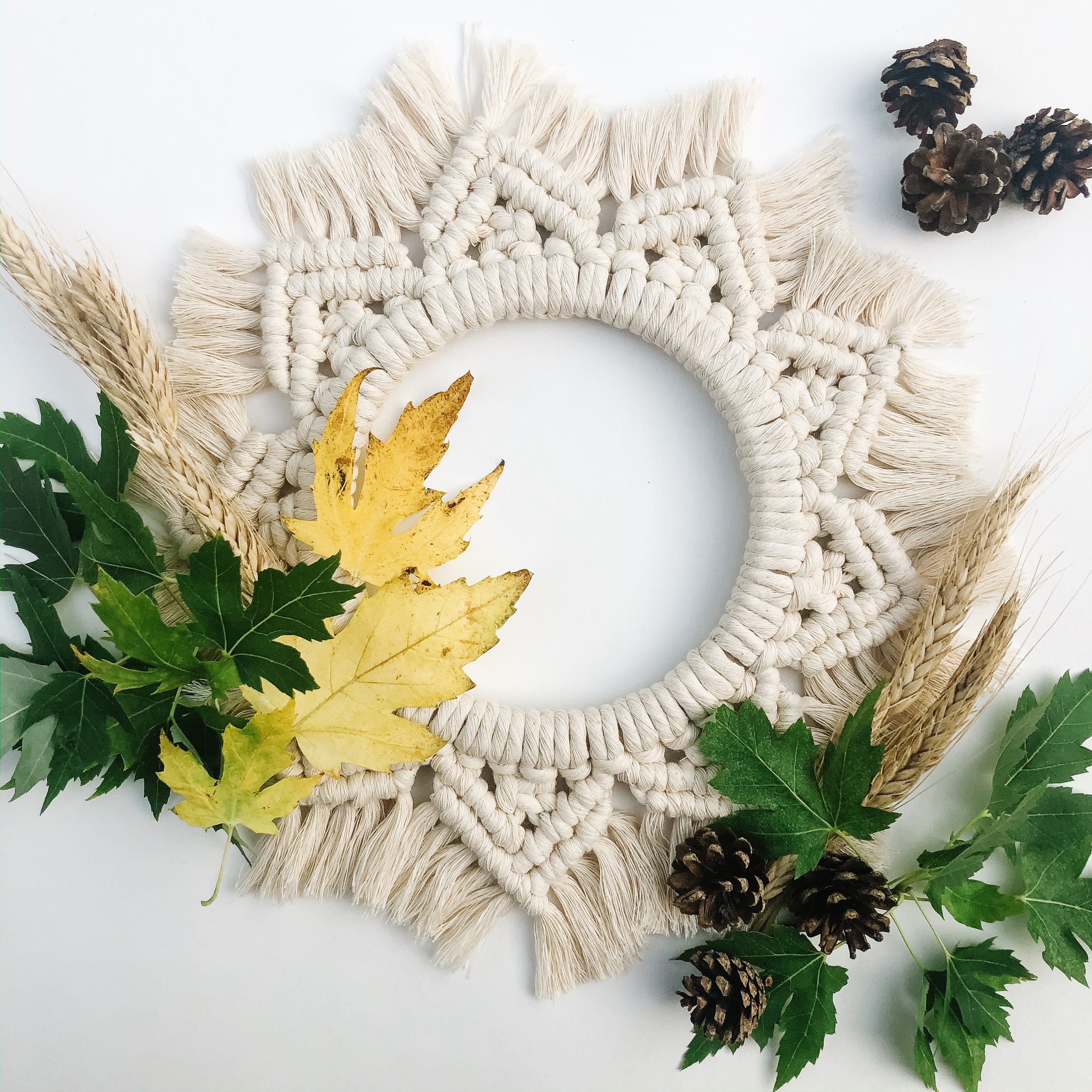 Crafts and Craft at the White Whale – Macrame Wreaths!